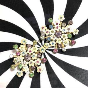 Vintage cream pastel rhinestone flower earrings